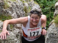 Wendy exiting the Fairy Steps at Beetham Sports fell race